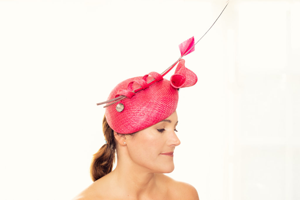 Pink parasisal straw beret with quills